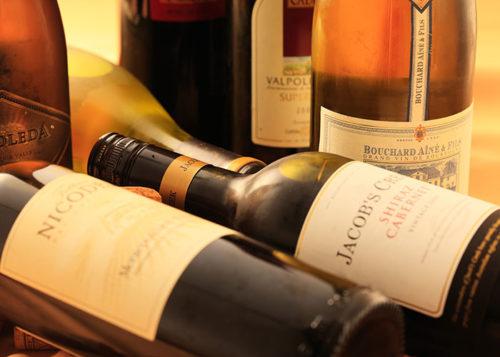 ワインの酒瓶